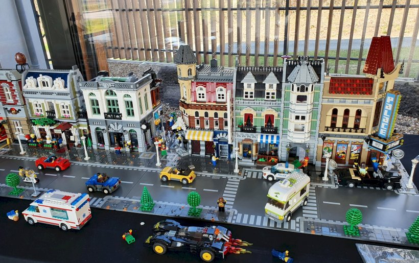 EXPOSITION LEGO MEDIATHEQUE DU 09 MARS AU 17 AVRIL 2021